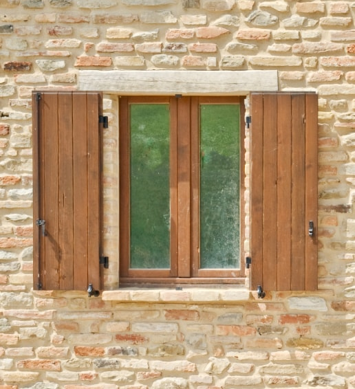 Finestre legno - Domosystem Pesaro